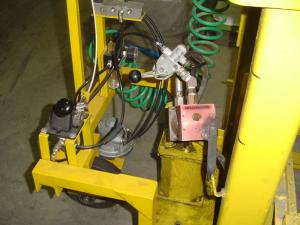 Pneomatic opperated lifter-7